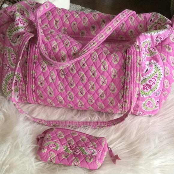 Vera Bradley Handbags - 💞VERA BRADLEY 💞duffle, travel bag and makeup bag